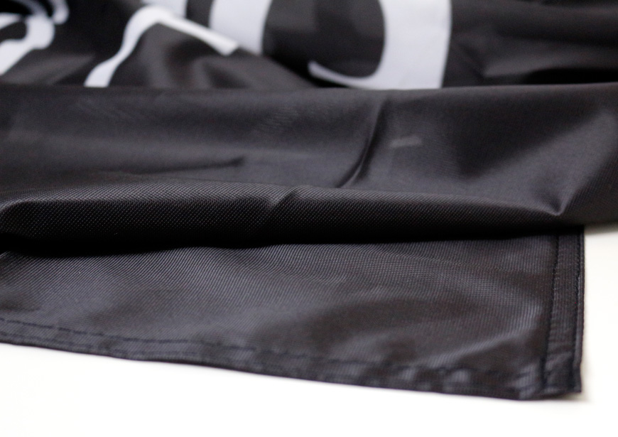 Polyester 115 g